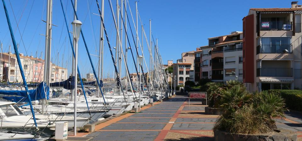 our accomodations in regular vacation rental : RESID agency : real estate Cap d'Agde, RESID agency